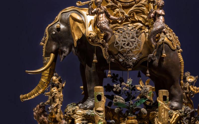 Elephant Automaton
