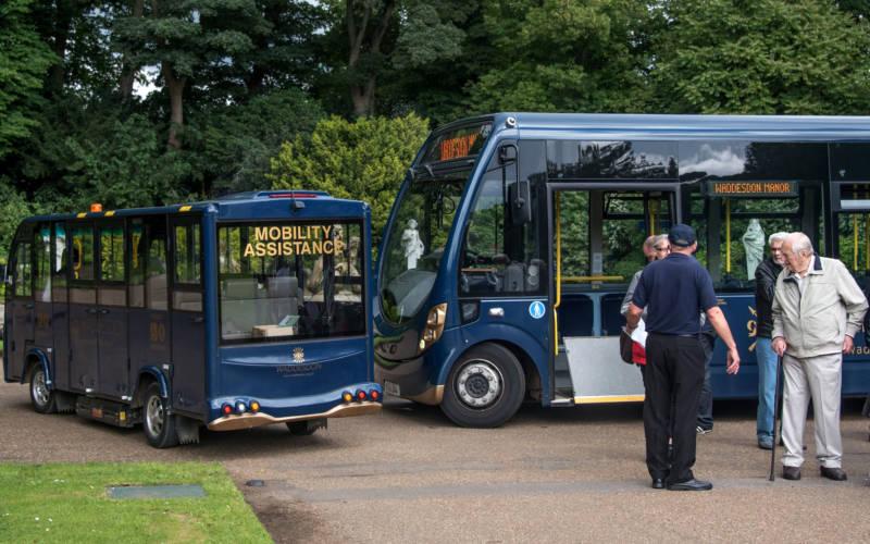 shuttle-bus-mobility-bus-3000