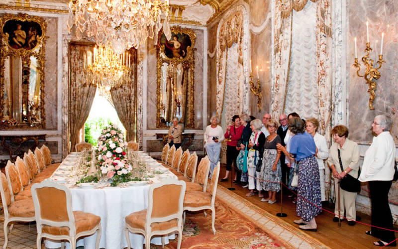 Groups-tour-dining-room-1000-625