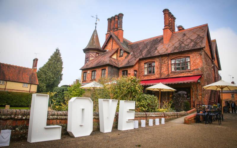 Five Arrows Hotel, wedding exterior