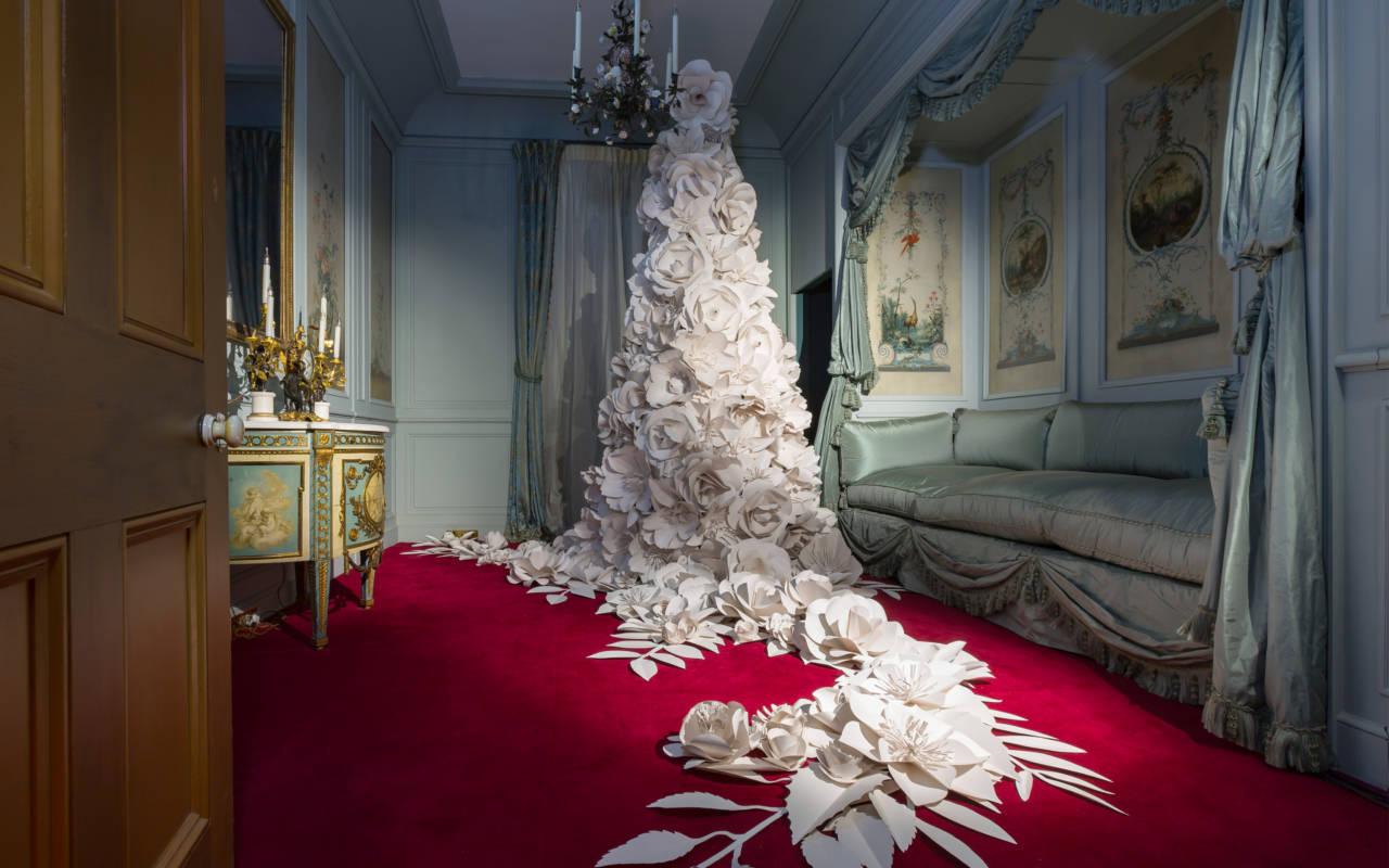 Paper tree Blue boudoir house Christmas