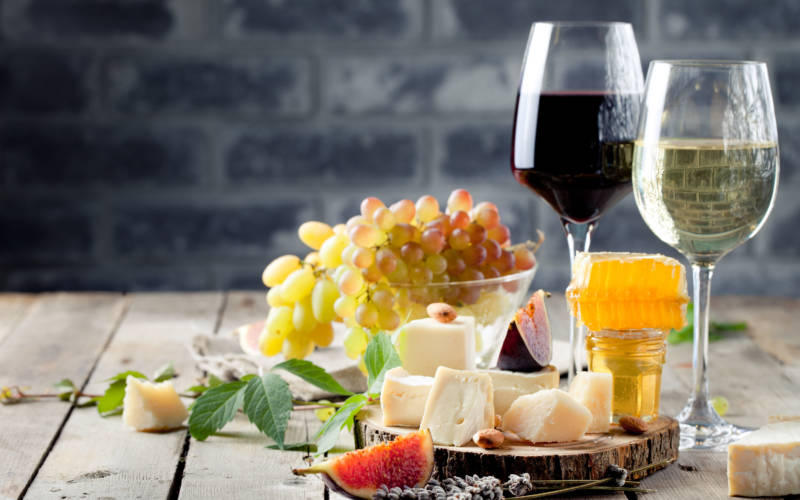 8 tips for pairing wine with food
