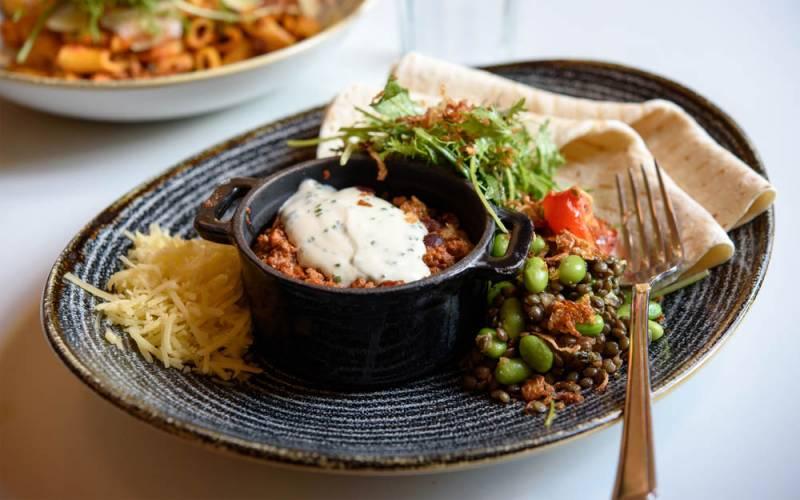 Stables-chilli-dish-1000x625