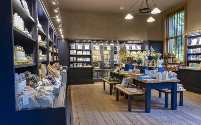 Manor-Shop-2019-Shop-Interior-Chris-Lacey-1000x667-23