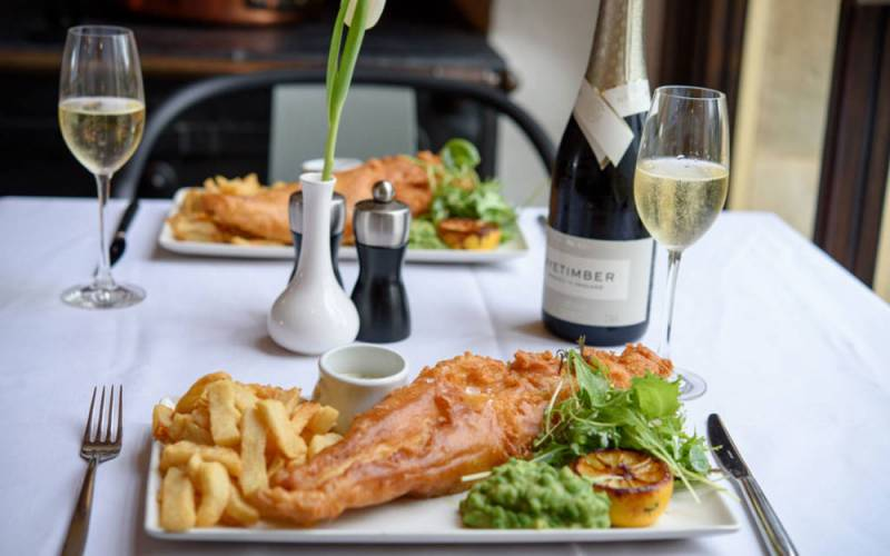 manor-restaurant-fish-and-chip-supper-1000-625-pascale-cumberbatch