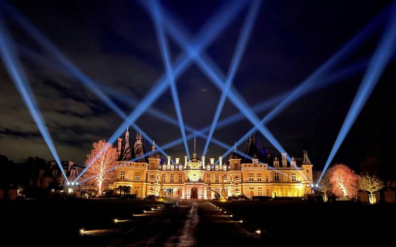 Manor-illuminations-Christmas-at-Waddesdon-Yes-Events-2100-1313