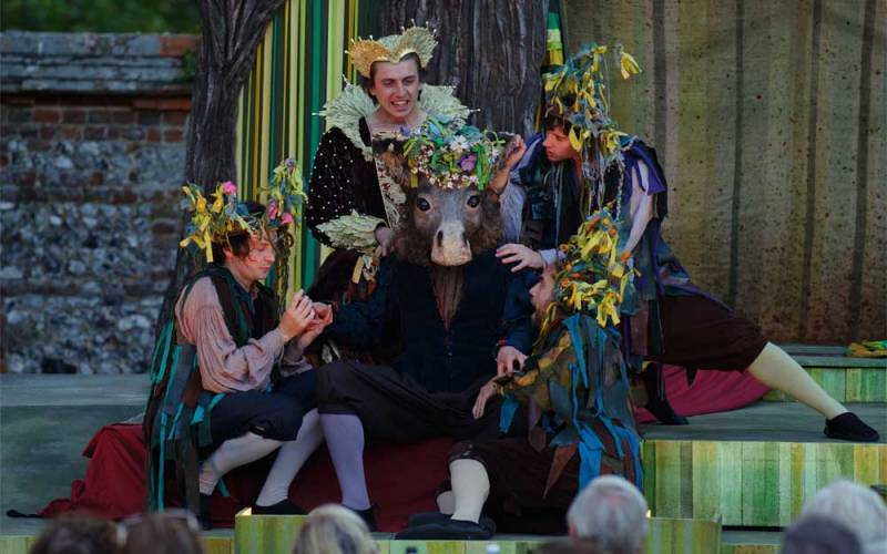 Performance of midsummer nights dream by the lord chamberlain's men