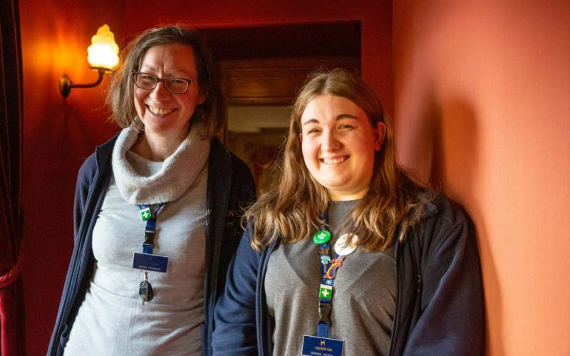 Waddesdon-staff-volunteers-helen-gemma-1000-625