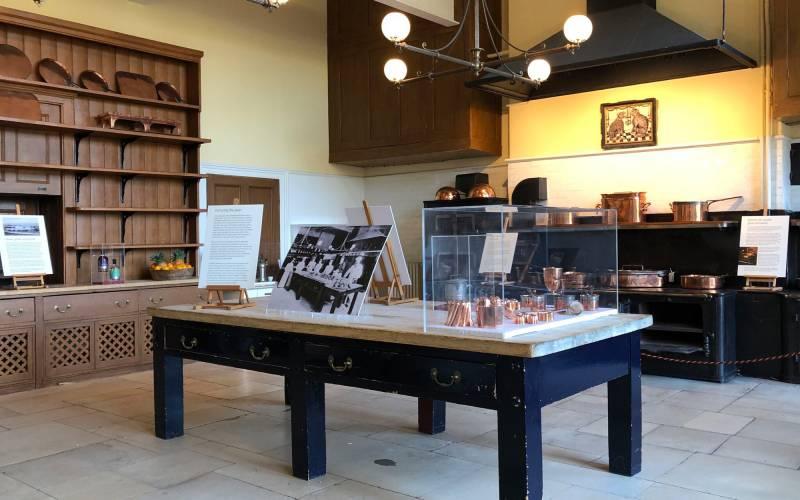Manor-kitchen-archive-display