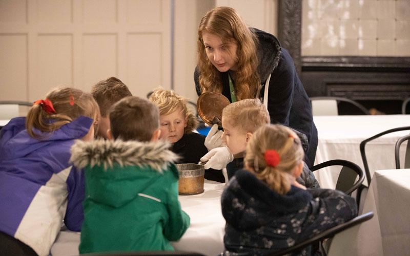 School-visit-Westcott-Manor-Kitchen-exercise-2020-Waddesdon-Adam-Hollier-800-500