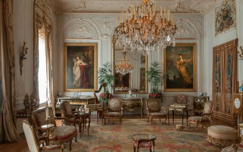 Grey-Drawing-Room,-Waddesdon-Manor-Mike-Fear-3000-1875