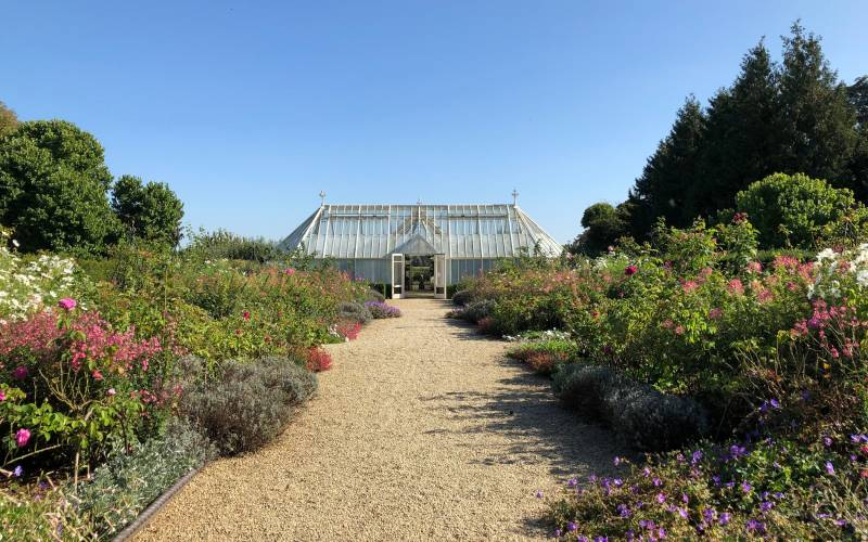 Glasshouses-and-borders-at-Eythrope-(c)-Waddesdon,-A-Rothschild-House-&-Gardens